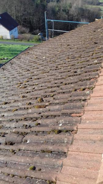 Démoussage et nettoyage à haute pression, toiture
