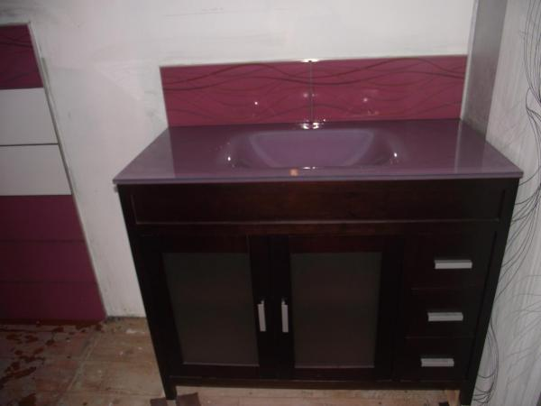 carrelage pos au dessus lavabo sdb. Black Bedroom Furniture Sets. Home Design Ideas