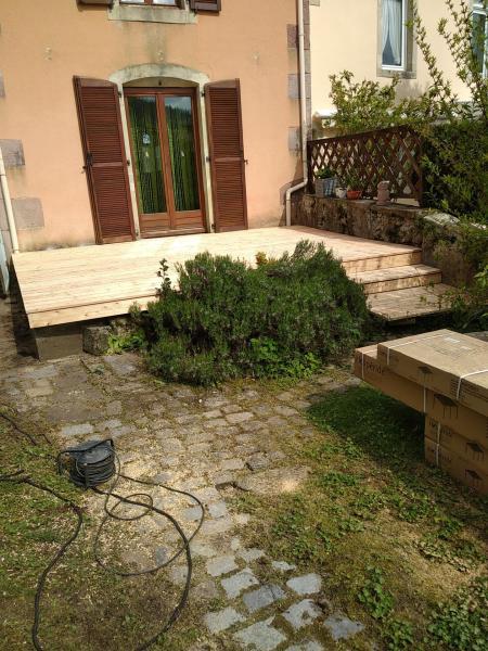 Ancienne terrasse rénové avec lames bois autre angle