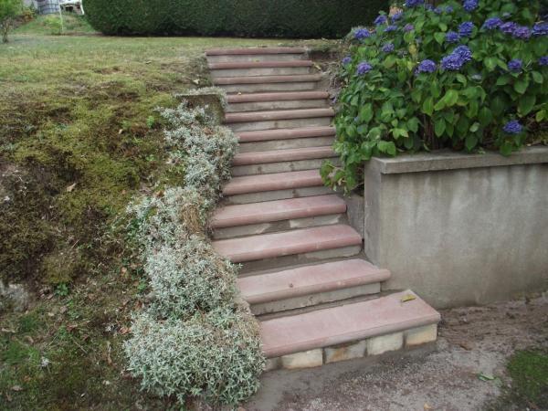Escalier extérieur rénové